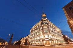 Zonsondergang in de stad St. Petersburg van de binnenstad, Russische Federatie Stock Foto