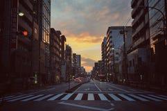 Zonsondergang in de stad van Tokyo royalty-vrije stock afbeeldingen