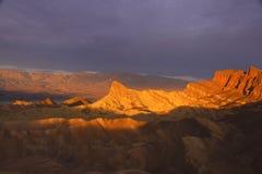 Zonsondergang in de Vallei van de Dood Stock Foto