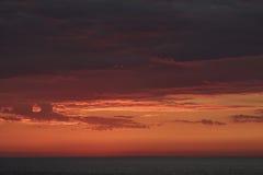Zonsondergang in de Zuid-Pacifische Oceaan Royalty-vrije Stock Foto's