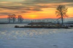 Zonsondergang dichtbij Kostinbrod, Bulgarije royalty-vrije stock afbeeldingen