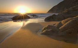 Zonsondergang dichtbij Pacifica, Californië royalty-vrije stock fotografie