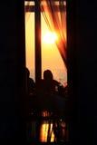 Zonsondergang in dinertijd Royalty-vrije Stock Foto
