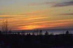 Zonsondergang door de oceaan Royalty-vrije Stock Afbeeldingen