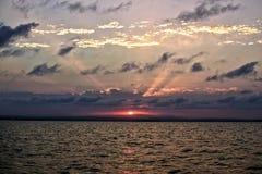 Zonsondergang door het overzees Royalty-vrije Stock Foto