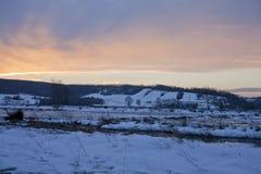 Zonsondergang en berg Royalty-vrije Stock Foto's