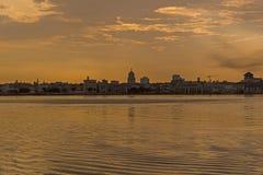 Zonsondergang en horizon van de stad van Havana cuba Stock Fotografie