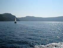 Zonsondergang en schepen op het overzees Stock Foto's