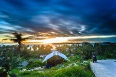 Zonsondergang en zonsopgang Royalty-vrije Stock Fotografie