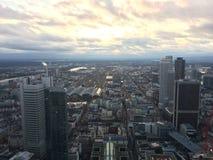 Zonsondergang in Frankfurt stock foto