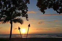 Zonsondergang in Hawaï stock afbeelding