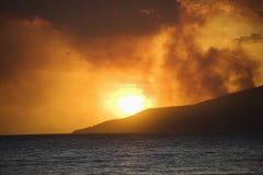 Zonsondergang in Hawaï. Stock Afbeeldingen