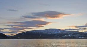 Zonsondergang in het hoge Noordpoolgebied Stock Afbeelding