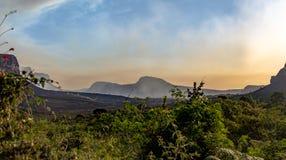 Zonsondergang in het Nationale Park van Chapada Diamantina - Bahia, Brazilië stock afbeeldingen