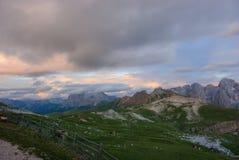 Zonsondergang in het natuurreservaat sciliar-Rosengarten Stock Foto