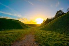 Zonsondergang in Kernave Royalty-vrije Stock Afbeeldingen
