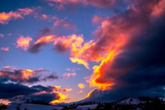 Zonsondergang in Lage Tatras tatry NÃzke stock fotografie