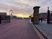 Zonsondergang in Liverpool stock afbeeldingen