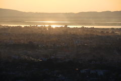 Zonsondergang in Mandalay stock foto's