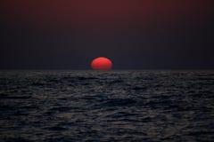 Zonsondergang in mediteranian overzees Royalty-vrije Stock Afbeeldingen