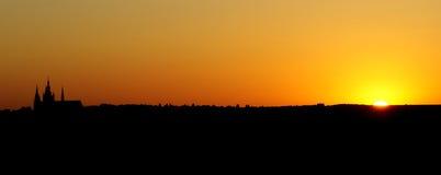 Zonsondergang met Kathedraal Royalty-vrije Stock Afbeeldingen