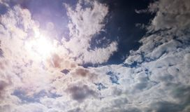 Zonsondergang met mooie blauwe hemel Stock Fotografie