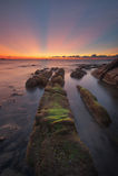 Zonsondergang met straal van lichte en belangrijke lijn Royalty-vrije Stock Fotografie