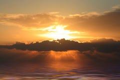 Zonsondergang met waterreflex Stock Afbeeldingen
