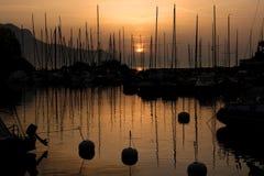 Zonsondergang in Montreux haven, Zwitserland royalty-vrije stock foto