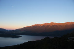 Zonsondergang in Nelson Lake New Zealand Royalty-vrije Stock Foto's