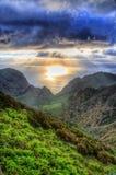 Zonsondergang in Noordwestenbergen van Tenerife, Canarische Eilanden Royalty-vrije Stock Afbeeldingen