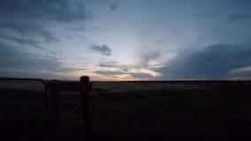 Zonsondergang in Oostelijk Colorado stock footage