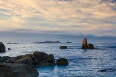 Zonsondergang op Con Zwartestrand, DE Pontevedra, Galici?, Spanje stock fotografie