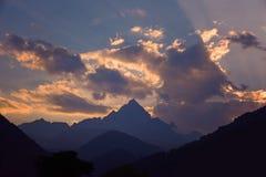 Zonsondergang op de Alpen royalty-vrije stock foto