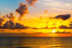 Zonsondergang op de Atlantische Oceaan Stock Foto