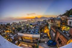 Zonsondergang op de heuvel van Cantagalo royalty-vrije stock afbeelding