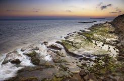Zonsondergang op de kust van Tarifa Royalty-vrije Stock Fotografie