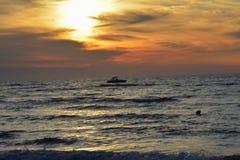 Zonsondergang op de Oostzee in Karwia Royalty-vrije Stock Afbeelding