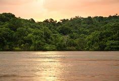 Zonsondergang op de rivier Royalty-vrije Stock Afbeelding