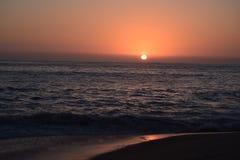 Zonsondergang op de Stille Oceaan dichtbij Cabo San Lucas Royalty-vrije Stock Fotografie