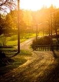 Zonsondergang op een landbouwbedrijf Stock Afbeelding