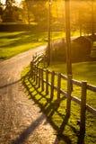 Zonsondergang op een landbouwbedrijf Royalty-vrije Stock Fotografie
