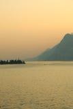 Zonsondergang op Garda-Meer Stock Afbeelding