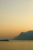 Zonsondergang op Garda-Meer Stock Afbeeldingen