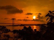 Zonsondergang op hemel royalty-vrije stock afbeeldingen