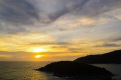 Zonsondergang op het Andaman-Overzees, Kaap Promthep Royalty-vrije Stock Fotografie