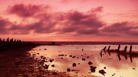 Zonsondergang op het meer stock videobeelden