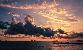 Zonsondergang op het overzees Stock Foto's