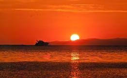 Zonsondergang op het overzees Stock Fotografie