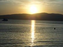 Zonsondergang op het overzees Royalty-vrije Stock Afbeelding